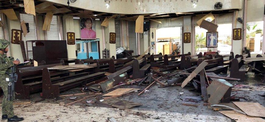 Filipinler'de kiliseye bombalı saldırı: En az 27 ölü