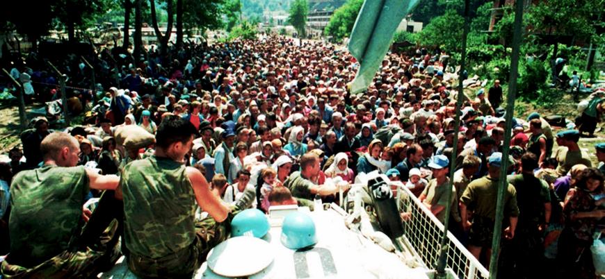 'Hollanda Srebrenitsa katliamından sorumlu tutulmasın' çağrısı