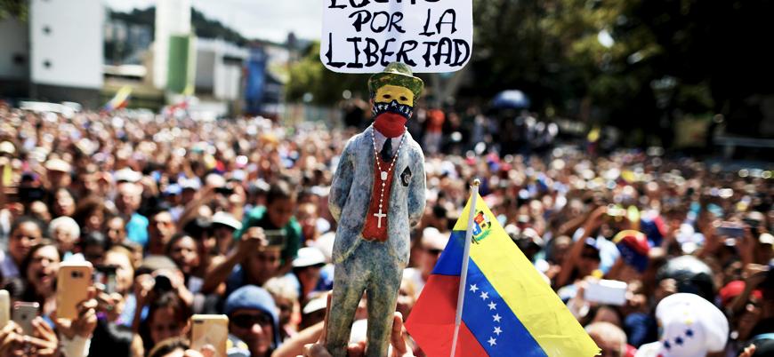 Venezuela'da karşılıklı miting: Guaido ve Maduro destekçileri sokakta