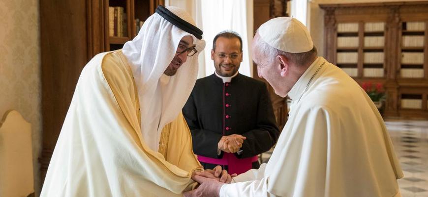 Papa'dan tarihi ziyaret: İlk kez Arap Yarımadası'nda