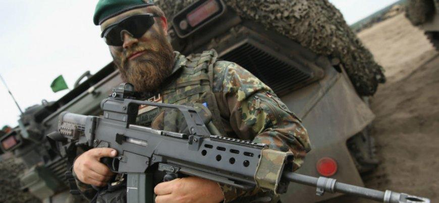 Alman ordusundaki 'Müslüman askerler'in imam talebi