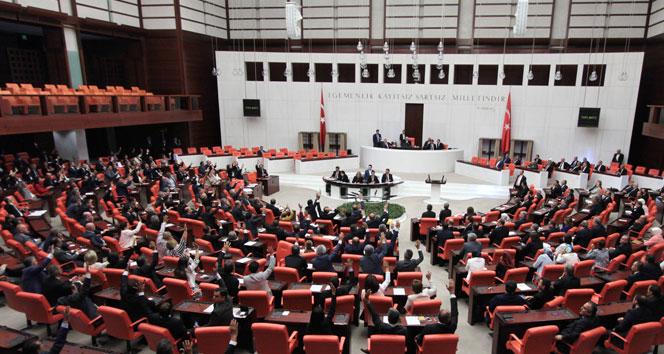 Anayasa değişikliği teklifi meclisten geçti