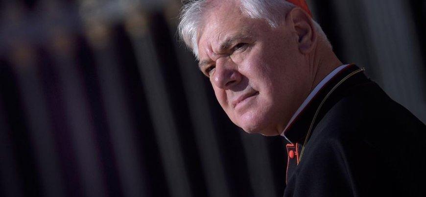 Görevden alınan Kardinal Mueller bir manifestoyla Papa'ya 'el yükseltti'