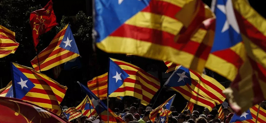 İspanya'da referandumu iptal edilen ayrılık yanlısı Katalanlar yargılanıyor