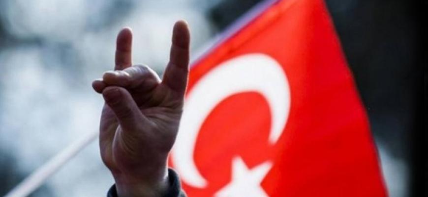 Türkiye'den bozkurt işaretini yasaklayan Avusturya'ya kınama