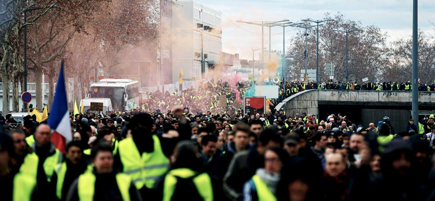 Sarı Yelekliler gösterileri 14'üncü haftasında