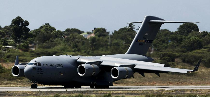 ABD'nin Venezuela'ya gönderdiği 'insani yardım' uçağı Kolombiya'ya ulaştı