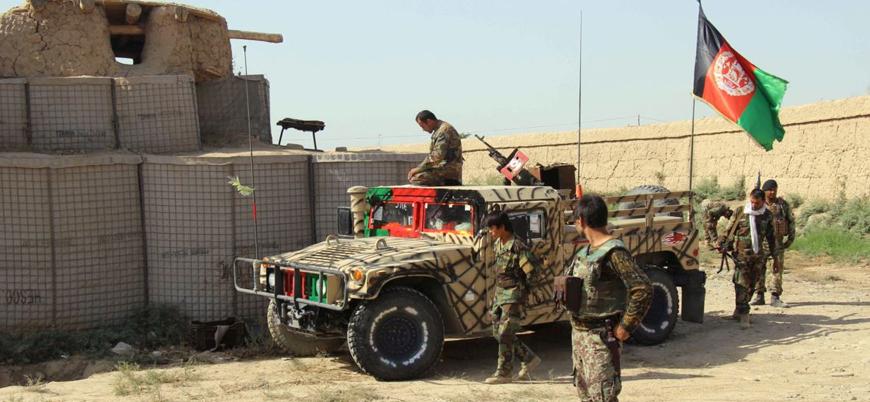 Afganistan'ın kuzeyinde Kabil hükümetine bağlı en az 70 asker ve polis Taliban'a teslim oldu