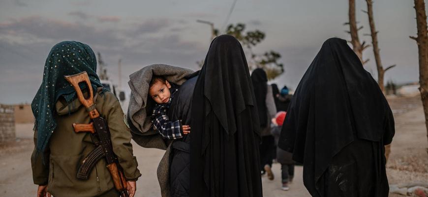 YPG yabancı IŞİD mensuplarını ve ailelerini Irak'a veriyor
