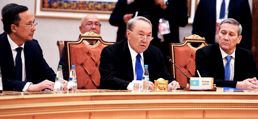 Kazakistan Devlet Başkanı Nazarbayev hükümeti feshetti