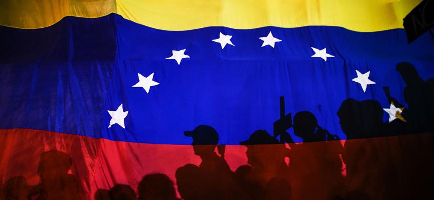 ABD'de görevli 11 Venezuelalı diplomat saf değiştirip Guaido'yu tanıdı
