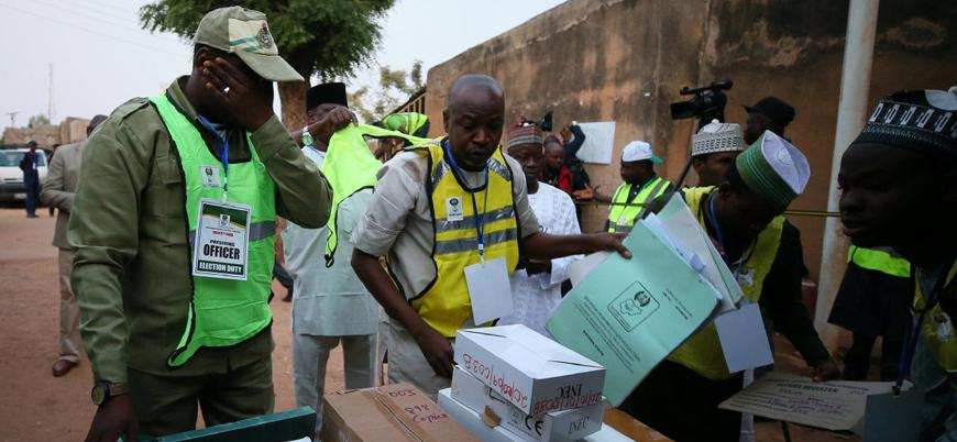 Nijerya'da ertelenen seçimler gerçekleştiriliyor: Halk sandık başında