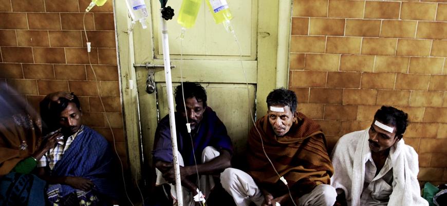 Hindistan'da kaçak alkol felaketi: En az 93 ölü