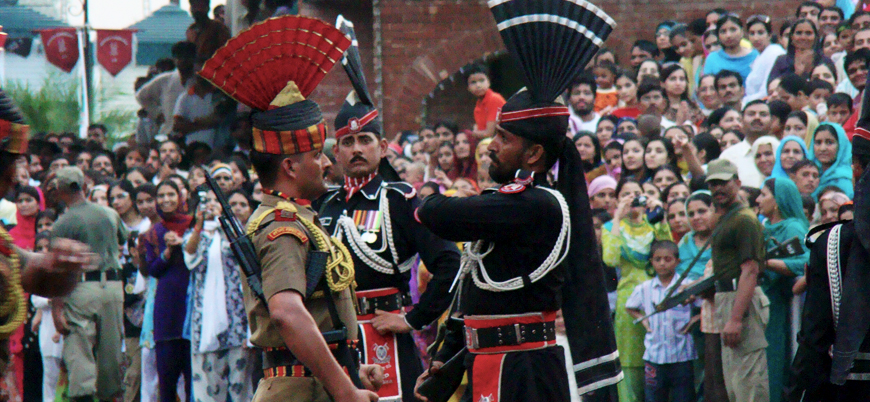Savaşın eşiğine gelen Hindistan ve Pakistan'ın askeri güçleri
