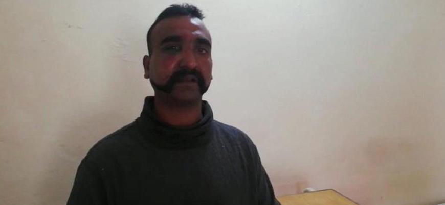 Pakistan: Tansiyonun düşmesine katkı sağlayacaksa esir pilotu iade edebiliriz