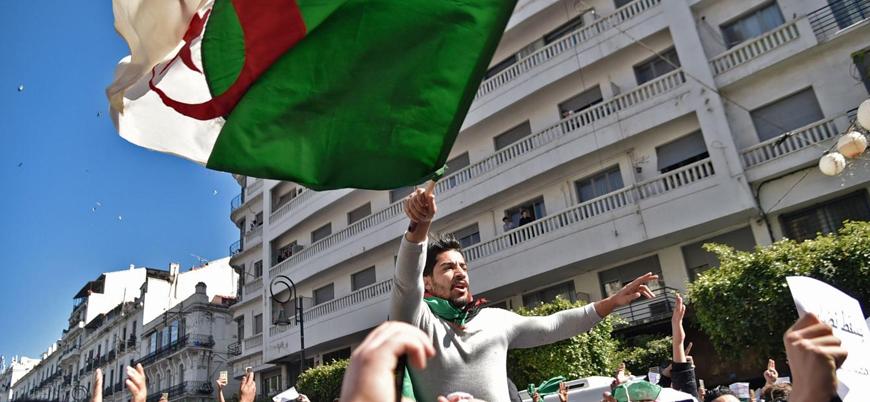 Cezayir lideri Buteflika protestocuları 'kaosa karşı' uyardı