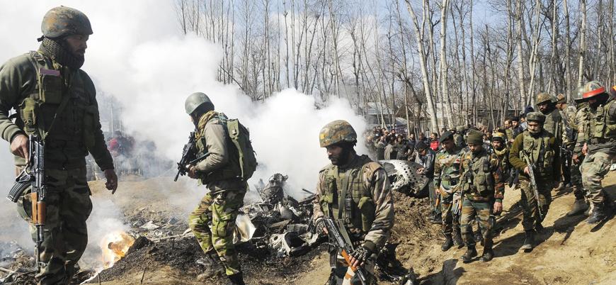 Hint pilotun bırakılması gerilimi azaltmaya yetmedi: Keşmir'de çatışmalar sürüyor