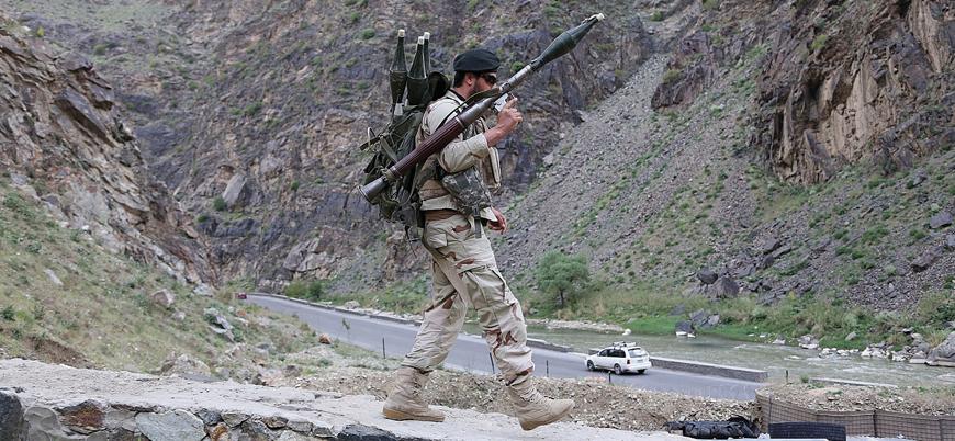 Afganistan barış görüşmeleri sürerken Taliban saldırılarının dozu artıyor