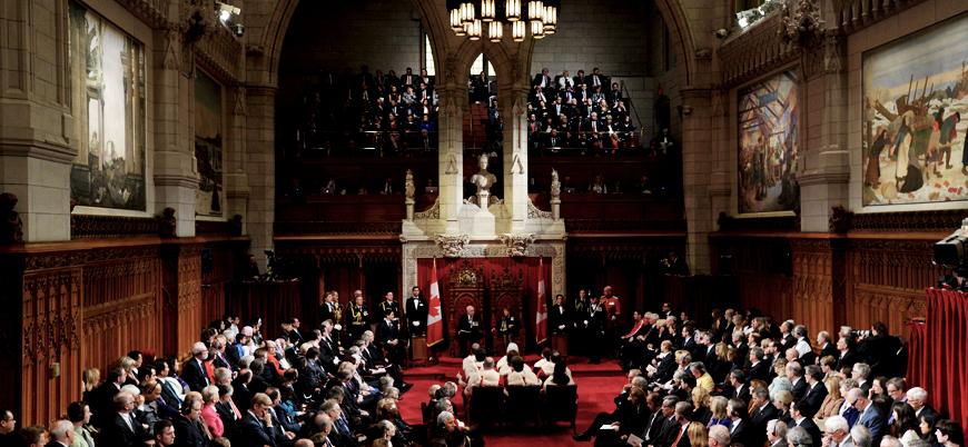 Kanada'da siyasi skandalın ardından istifalar art arda geliyor