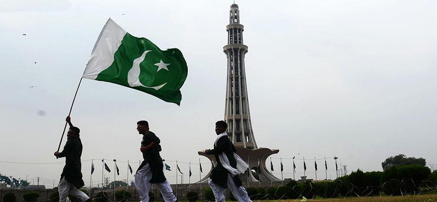 Pakistan'da terörle mücadele gerekçesiyle 182 medrese ve camiye el konuldu