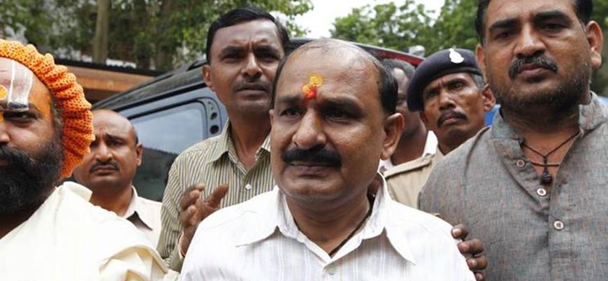 2002 Gucerat katliamı sanıklarından radikal Hindu lider serbest bırakılıyor