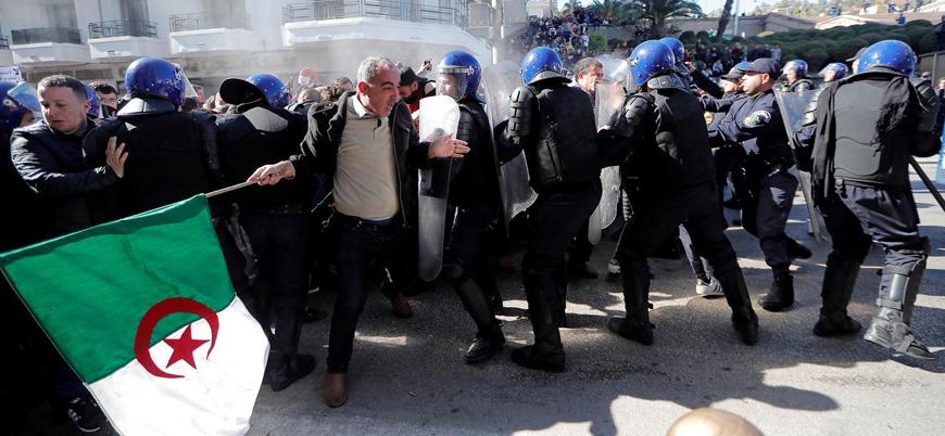 Cezayir'de Buteflika karşıtı gösterilerde 195 gözaltı