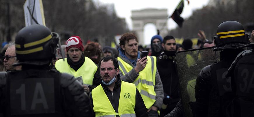 Fransa'da Sarı Yelekliler gösterileri devam ediyor
