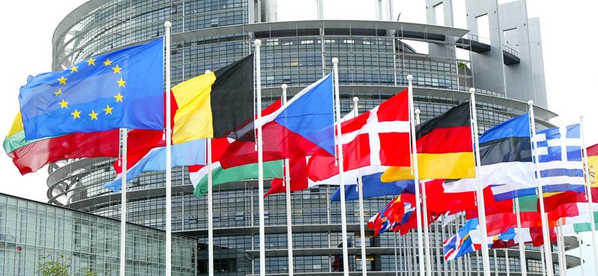 """Avrupa'da sağın yükselişi: """"Avrupa Parlamentosu'na koltuk sayısı ikiye katlanacak"""""""