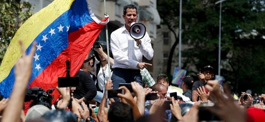 Venezuela'da muhalefet ve iktidar yanlıları yeniden sokaklarda