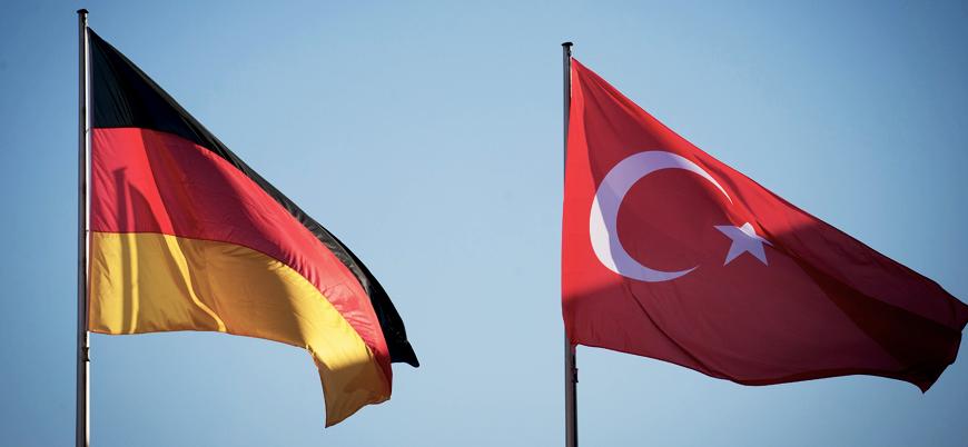 Almanya Başbakanı Merkel yarın İstanbul'a gelecek