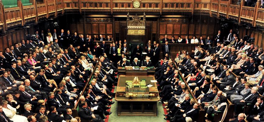İngiltere'de muhalefet Johnson hükümetini devirmek istiyor