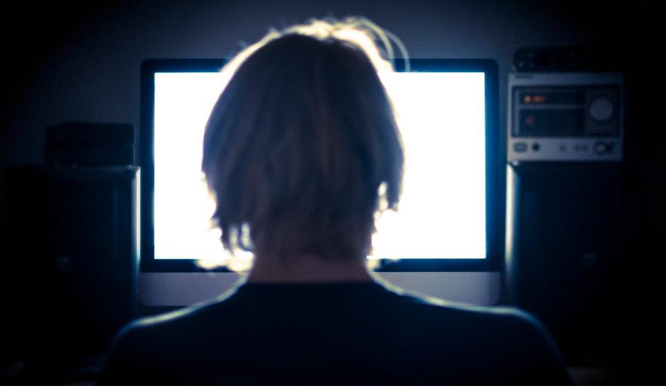 Facebook'ta canlı yayında intihar