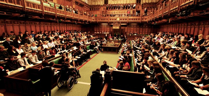 İngiltere parlamentosu AB'den anlaşmasız ayrılmayı reddetti