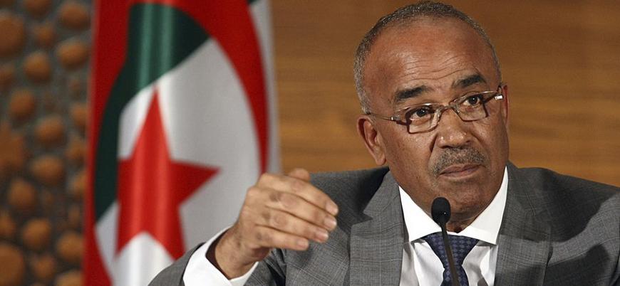 Cezayir Başbakanından 'hükümeti genç uzmanlardan oluşturma' sözü