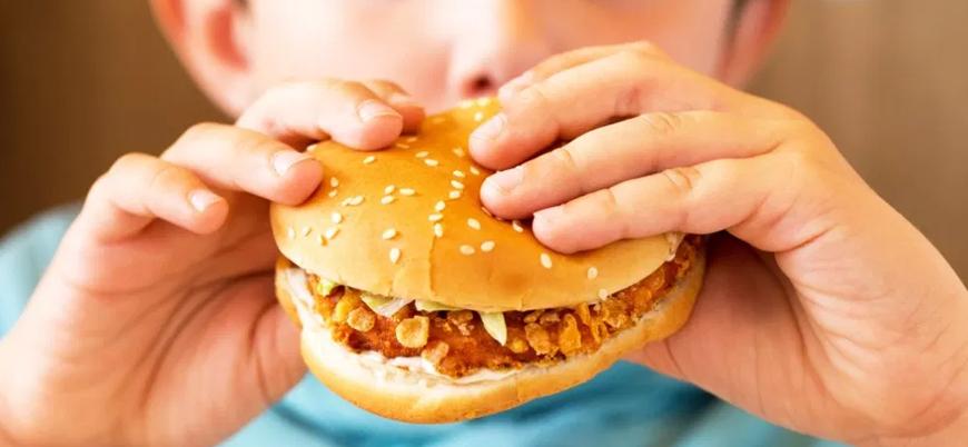 Gıda reklamları çocuk ve gençleri olumsuz etkiliyor
