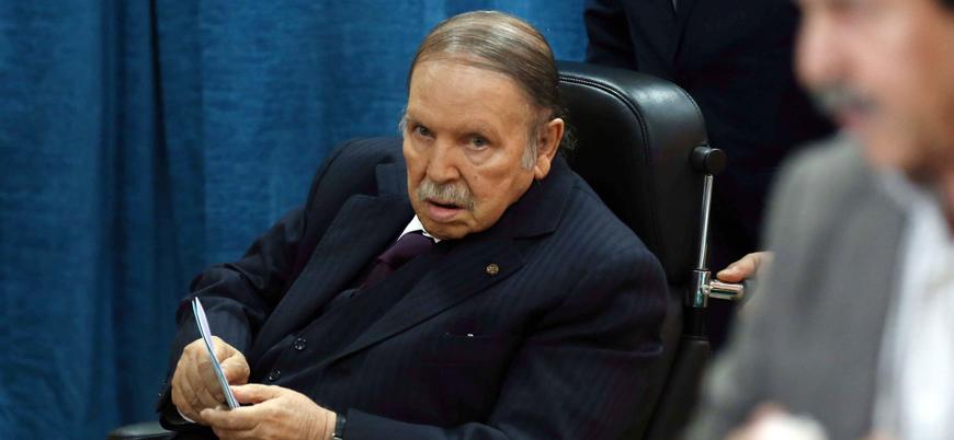Buteflika'nın parti sözcüsü: O artık tarih oldu, görevi bırakmak zorunda