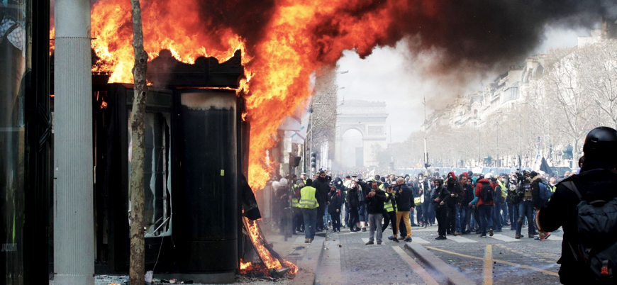 Macron'dan Sarı Yelekliler hamlesi: Daha sert kararlar alınacak