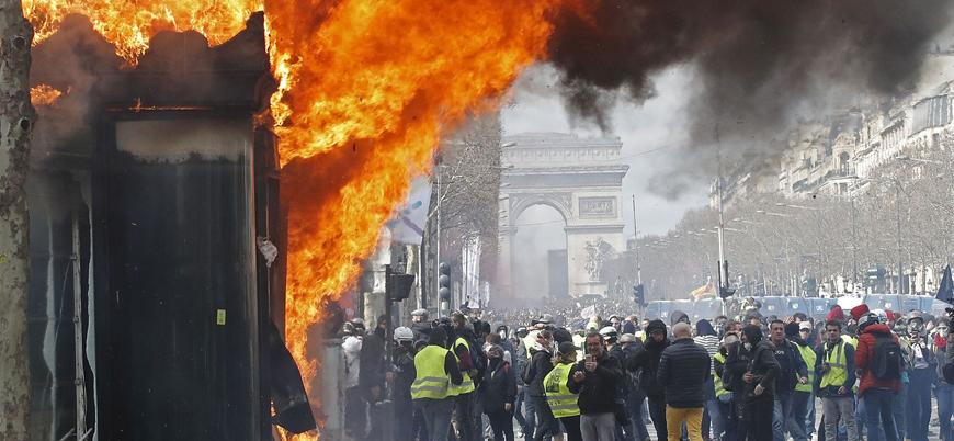 Sarı Yeleklilerin son eylemi sonrası Fransız hükümeti karıştı