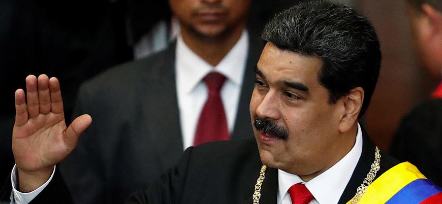Maduro kabinenin istifasını istedi