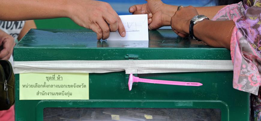 Tayland'da halk darbeden sonra ilk kez sandık başında