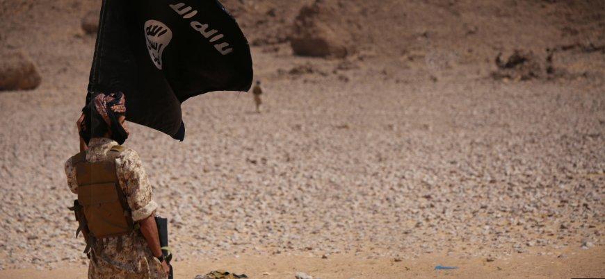 Yemen'de IŞİD'den El Kaide'ye canlı bomba saldırısı