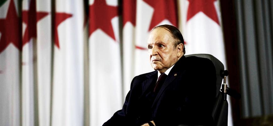 Buteflika'ya ordu tepkisi: Genelkurmay Başkanı görevden alınmasını istedi