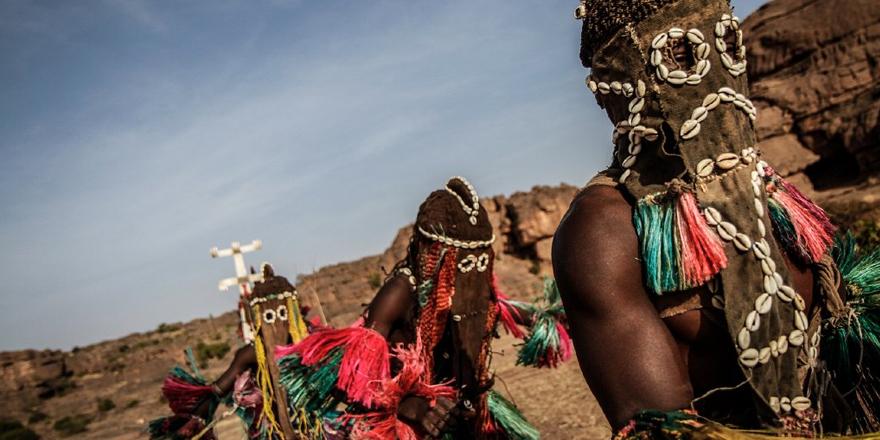 Mali'de Müslüman Fulanilerin köyünü basan Dogonlara saldırı