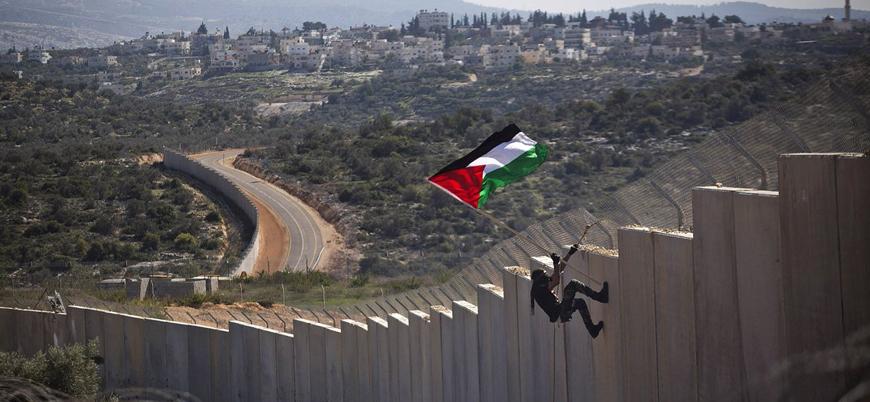 İsrail askerleri Ayrım Duvarı'nı geçtiği iddia edilen bir Filistinliyi öldürdü