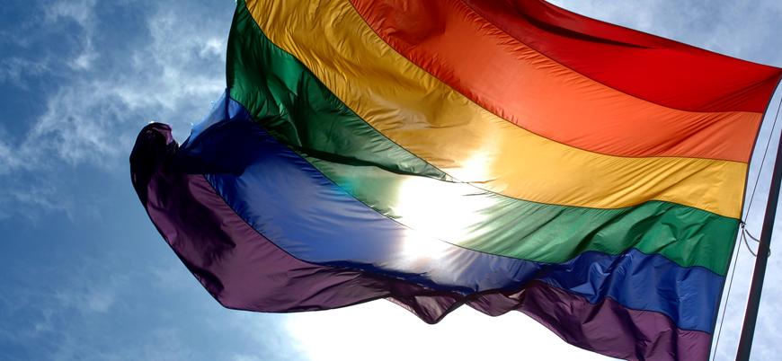 'Eşcinsel dostu' dört aday belediye başkanı seçildi