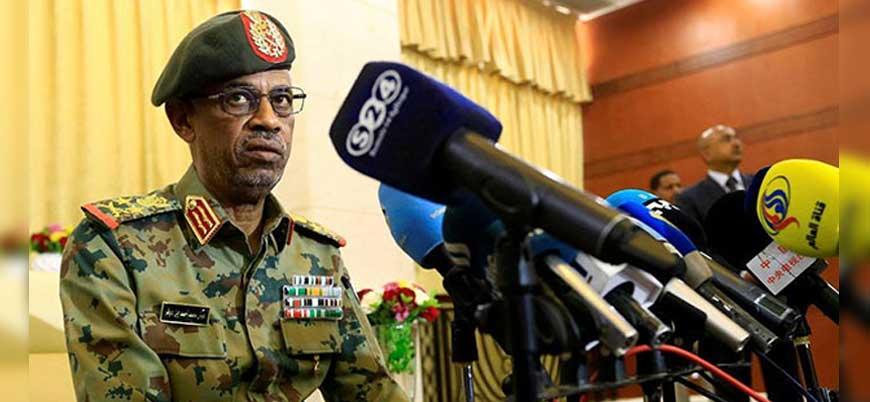 Sudan'da darbeyle başa gelen El Beşir'in 30 yıllık iktidarına son veren Avad Bin Avf kimdir?