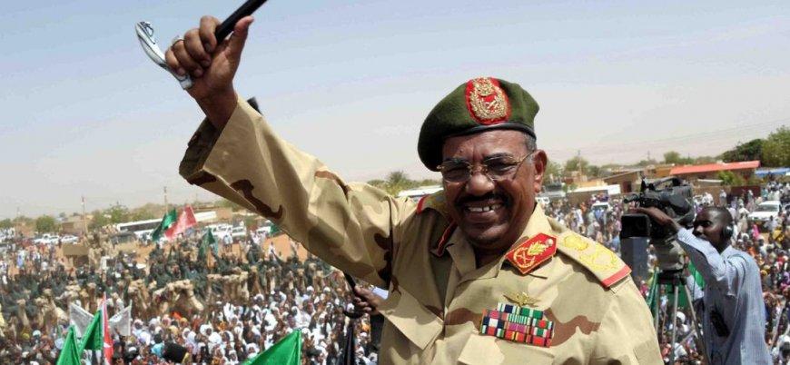 Sudan'da askeri yönetim: El Beşir rejiminin kökünü kazıyacağız