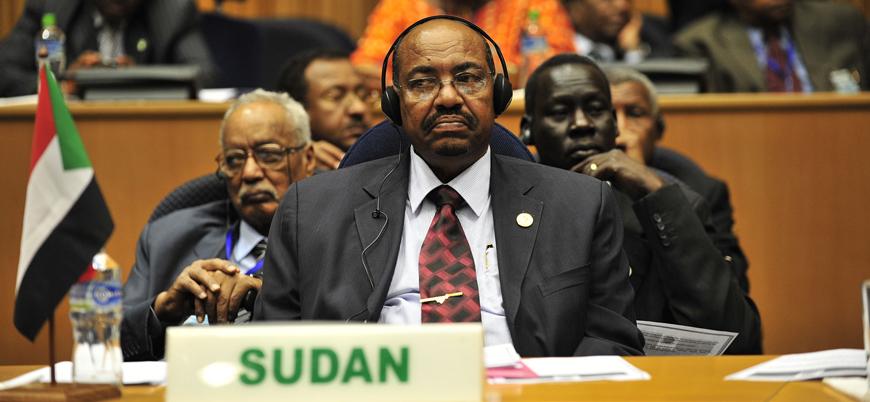 Sudan'da Ömer el Beşir'in partisi geçiş hükümetinde yer almayacak