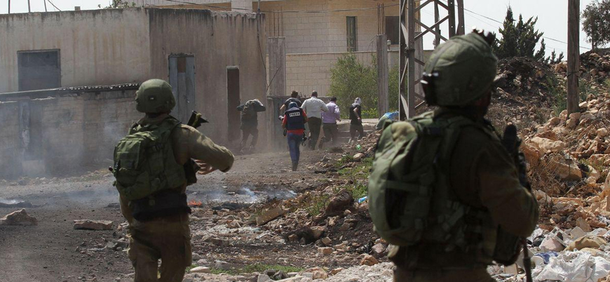 İsrail İnsan Hakları İzleme Örgütü temsilcisini sınır dışı ediyor