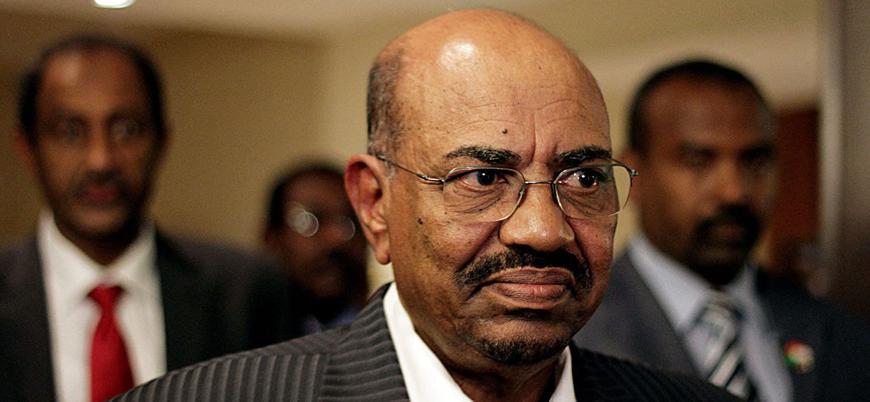 Sudan'ın devrik lideri Ömer el Beşir hapishaneye nakledildi